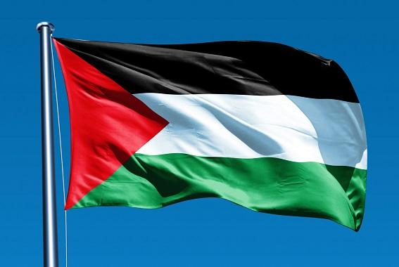أربع فلسطينيات يحملن حلمهن إلى مسابقة تكنولوجية في أمريكا