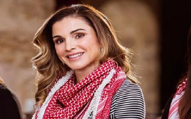 الملكة تكتب اسماء شهداء الفحيص والسلط في سماء عمان