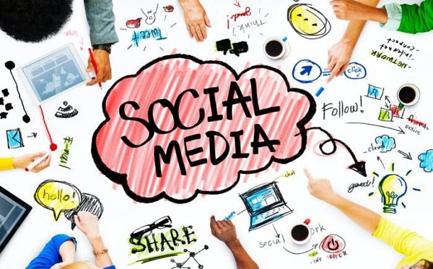 في مصر....... وسائل التواصل الاجتماعي ملاذ للمصابين بالاكتئاب