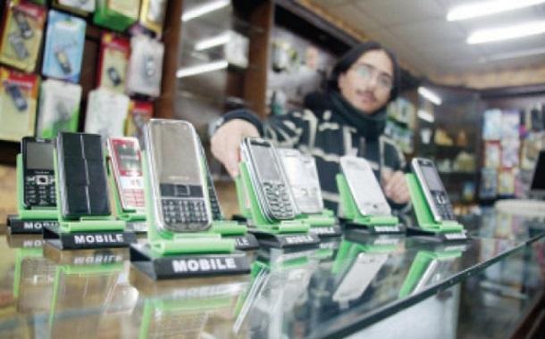 وزارة الداخلية: نقاط بيع خطوط الهواتف تحتاج لموافقات أمنية