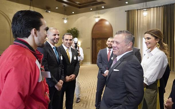 الملك يستقبل لاعبي ولاعبات الوفد الرياضي الأردني لدورة الألعاب الآسيوية