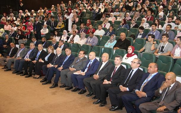 افتتاح مؤتمر الطلبة والمهنيين الشباب