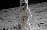 بيع أول تذكرة لرحلة سياحية حول القمر