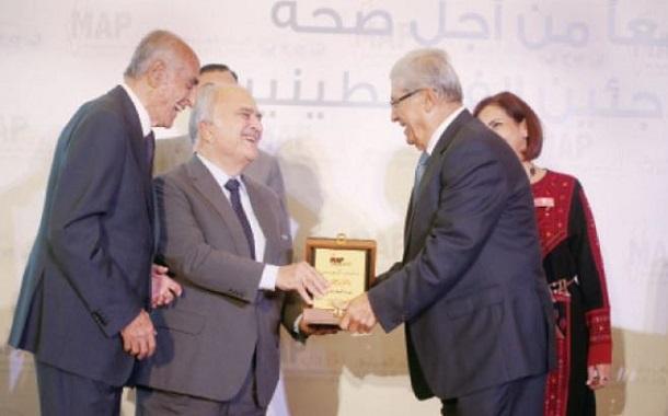 الجمعية الأردنية للعون الطبي للفلسطينيين تكرّم ''التجاري الأردني''