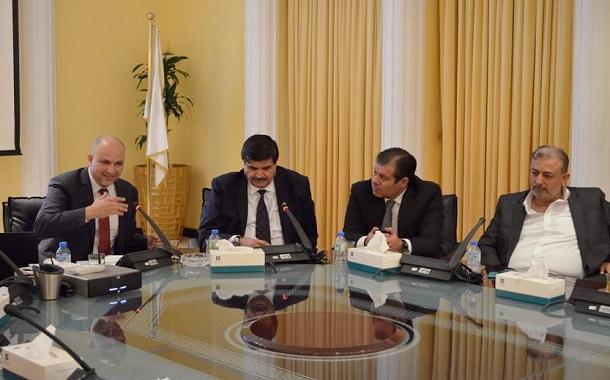 الغرايبة يستعرض الفرص الاستثمارية الأردنية في