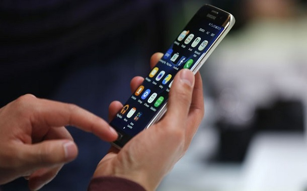 خبراء يطورون تطبيقات للهواتف الذكية واللوحية لتحسين جودة التعليم في الأردن