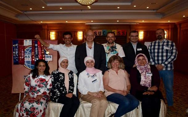 متحدث عالمي لرياديي الأردن: اجعل خطابك لا ينسى