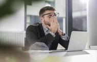 دراسة: الإجهاد الرقمي يؤثر سلباً على الموظفين