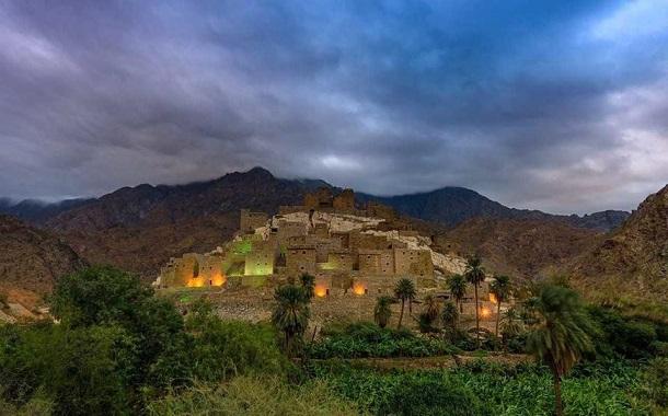 قرية سعودية هجرها أهلها قبل 4 عقود...... تستعد للعالمية