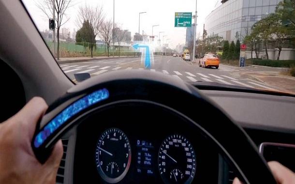 هيونداي تقدم تقنية جديدة تساعد السائقين ضعاف السمع