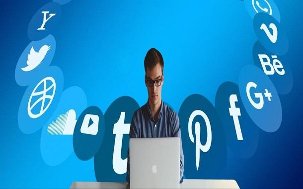 دراسة : وسائل التواصل الاجتماعي تقود الى الاكتئاب