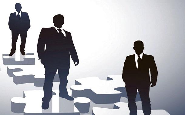 7 استراتيجيات لـتـحسين الرضا الوظيفي وتقليل الضغط النفسي