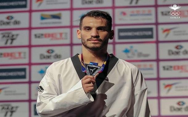 أبو غوش يحصل على الميدالية الفضية في بطولة العالم للتايكواندو