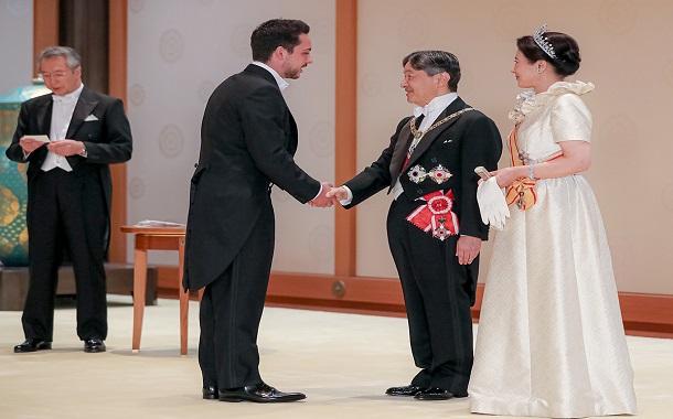 مندوبا عن الملك، ولي العهد يشارك في مراسم تنصيب الإمبراطور ناروهيتو