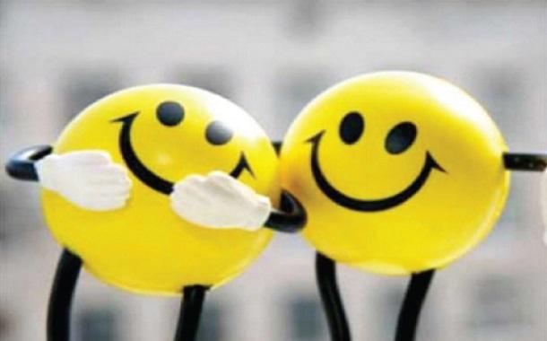 مفاهيم خاطئة حول السعادة.. هكذا تصححها