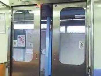水間鉄道1000系のドア閉動画