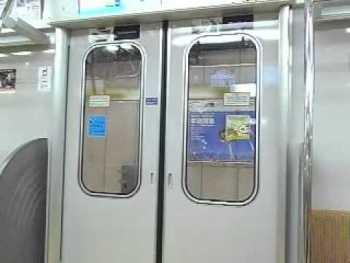 東京メトロ10000系のドア閉動画
