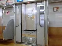 東京メトロ10000系(後期車)のドア閉動画