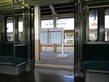 JR東日本115系(ワンマン改造車)のドア閉動画