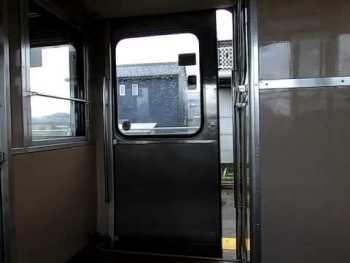 JR西日本475系のドア閉動画