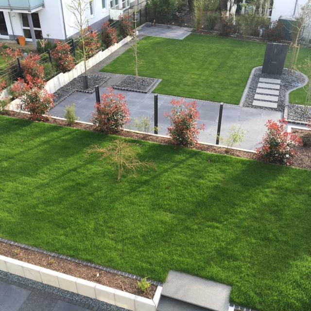 Moderne Grten  Haufler Baumschule und Gartengestaltung