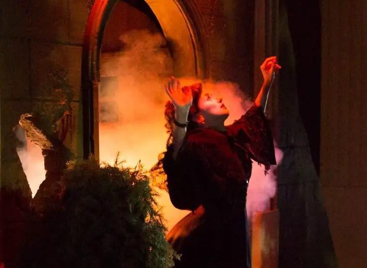 Unbound Productions Wicked Lit Theater Halloween Immersive Jena Hunt Open Door
