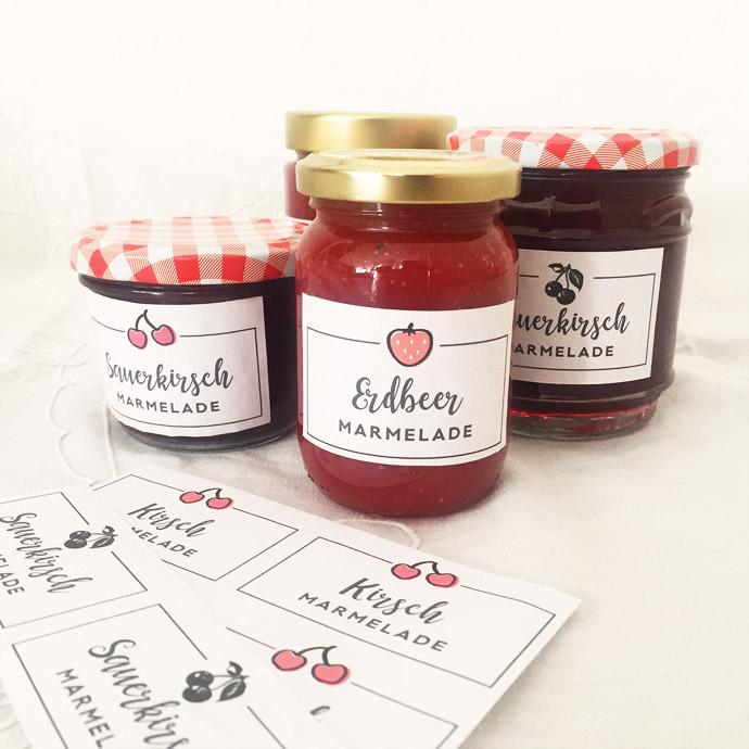 Erdbeer Marmelade und Sauerkirsch Marmelade Etiketten