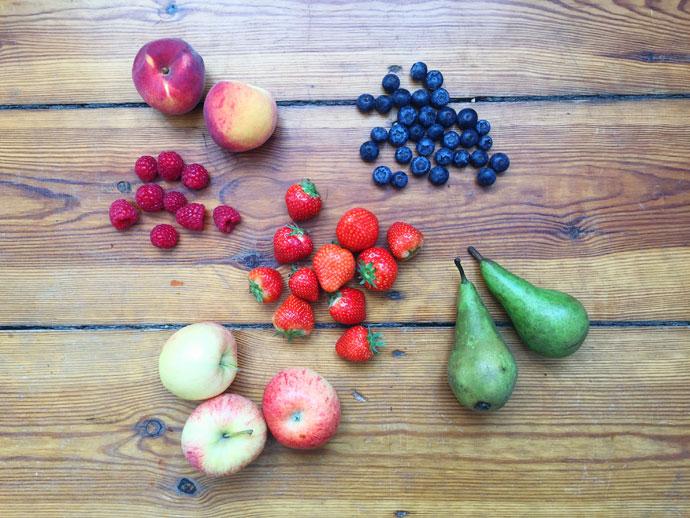 Verschiedene Obstsorten zum Dörren