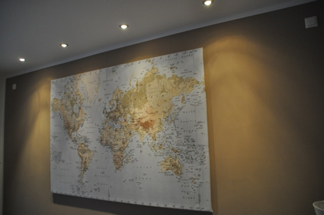 Wandgestaltung im Wohnzimmer  Bilder Spots  Vorteil