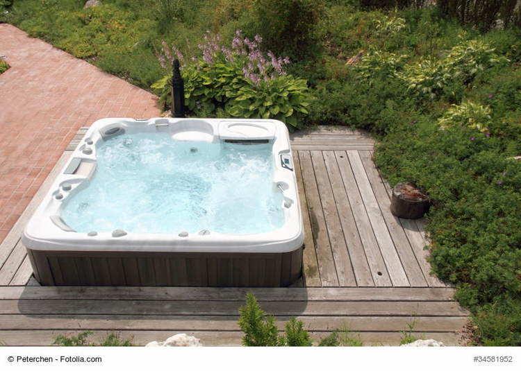 Whirlpool Outdoor Jacuzzi fr den Garten