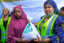 Photo of Ramadan: Zan taimaka wa mutane sama da 5,000 a wannan wata – Rasheeda Maisa'a