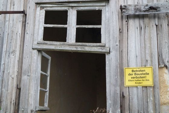 """""""Leicht renovierungsbedürftig"""" oder """"für Handwerker geeignet"""" - was sich wirklich hinter den Aussagen in Immobilienanzeigen verbirgt, wurde nun entschlüsselt. (Foto: Markus Burgdorf)"""