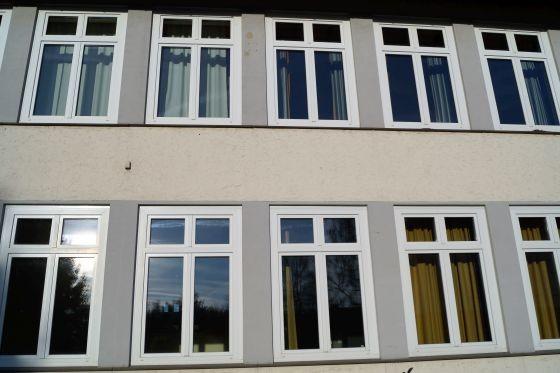 Achten Sie bei der Besichtigung der Schule darauf, dass die Fenster ausgetauscht sind. (Foto: Markus Burgdorf)