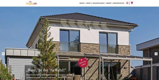Die neue Webseite FertighausWelt.de präsentiert sich in einem modernen Design und bietet viele Informationen und Beispiele zum Fertigbau. (Foto: Screenshot der Startseite/BDF)