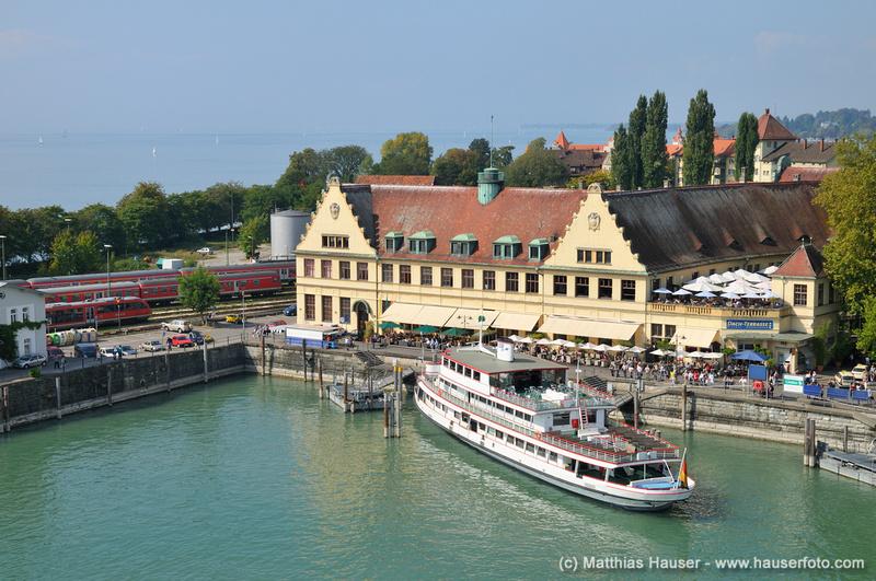 Matthias Hauser Fotografie  Local Bodensee  Hafen mit Bahnhof Lindau Bodensee Bayern