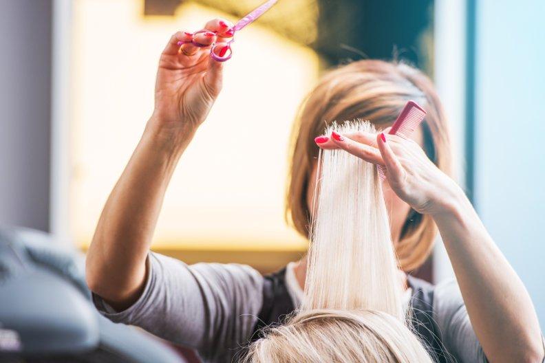 Haare schneiden  So sparen Sie viel Geld  Haushaltstippsnet
