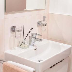 Wohnen auf Zeit mit Badezimmer in Baden bei Wien