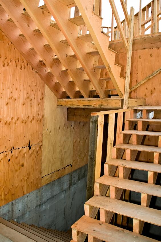 Bautreppe aus Holz selber bauen  So klappts am besten