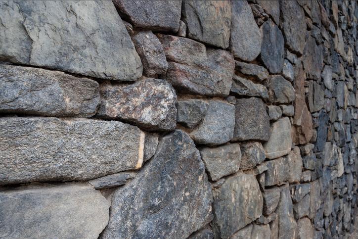 Bruchsteinmauer abdichten  Wie wirds gemacht