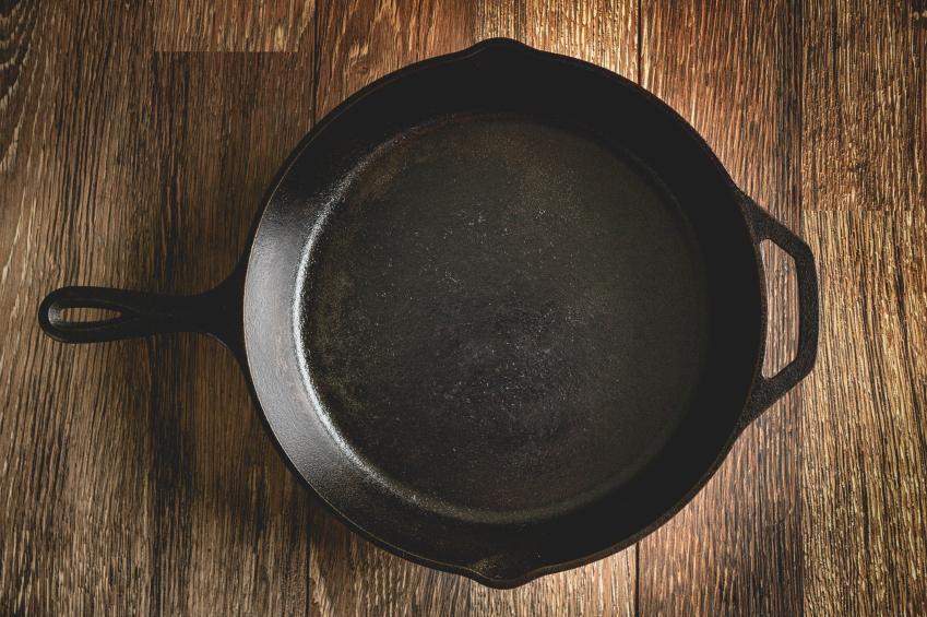 Eisenpfanne einbrennen  Anleitung Tipps und Tricks
