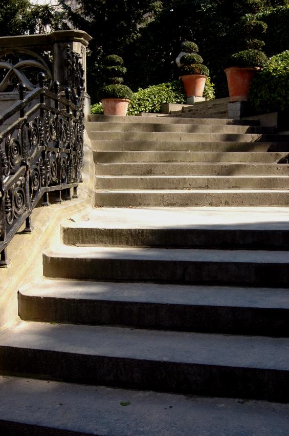 Gartentreppe betonieren  Anleitung in 4 Schritten