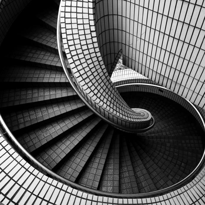 Gewendelte Treppe fliesen  Das sollten Sie bedenken