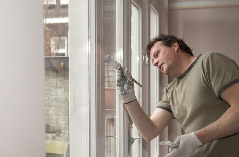 Holzfenster lackieren  Anleitung in 4 Schritten