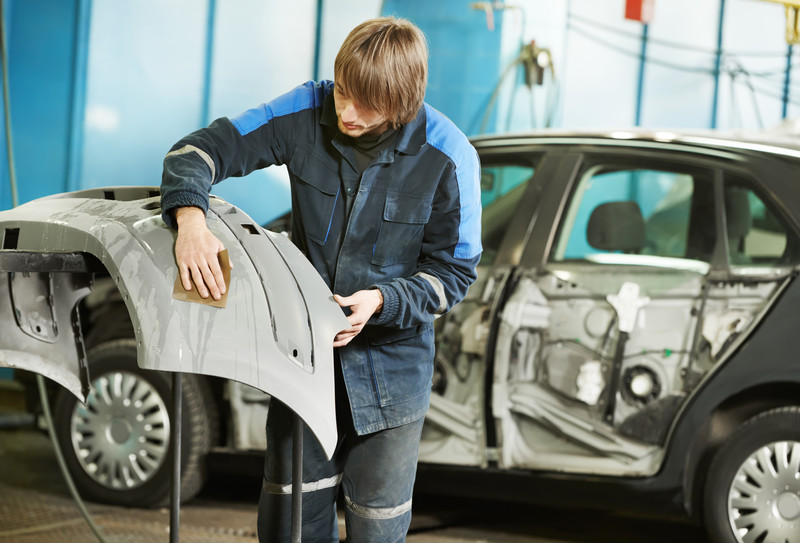 Auto professionell spachteln  So gehen Sie vor