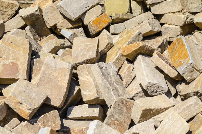 Grauwacke Trockenmauer  Preis  Kostenfaktoren