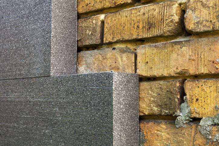 Eine Steinwand aus Styropor  Die Vor und Nachteile