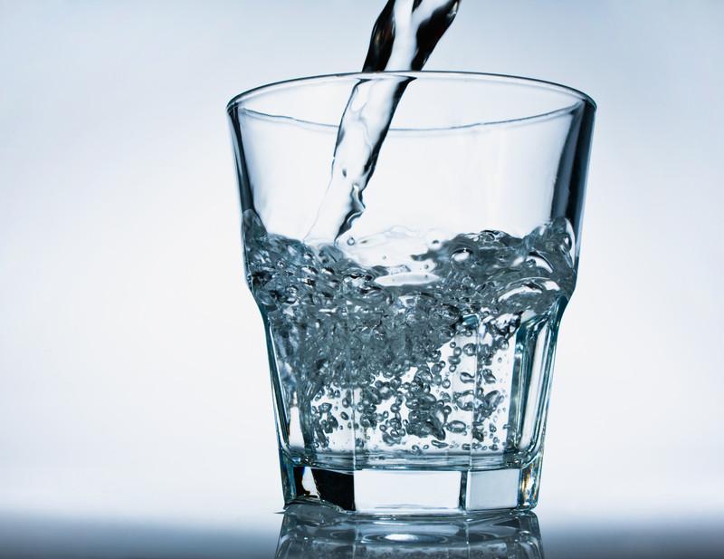 Trinkwasser entkalken  Warum  wie macht man das