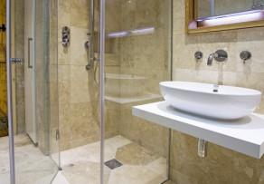 Bodengleiche Dusche abdichten  Anleitung in 3 Schritten