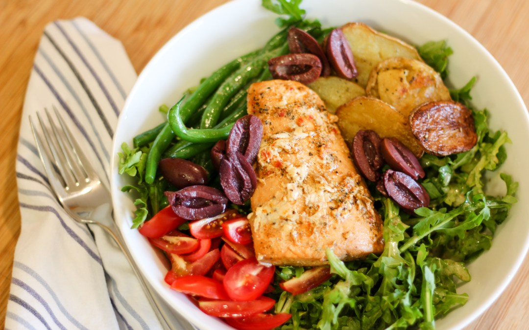 Healthy Salmon Niçoise Salad
