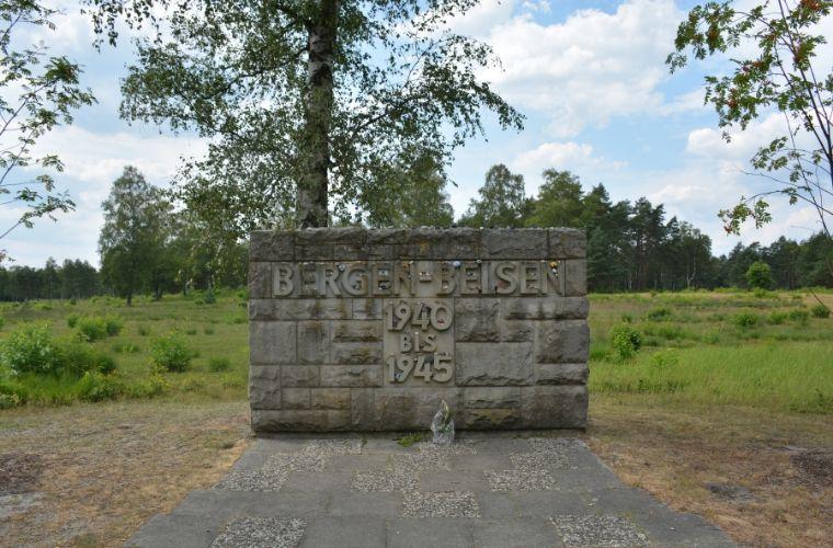 Gedenkstätte Bergen Belsen op de Lüneburger Heide in Duitsland